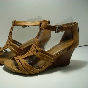 Kenneth Cole leather wedge